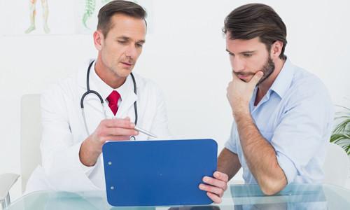Уролог лечит заболевания, связанные с нарушениями в работе органов урогенитальной системы