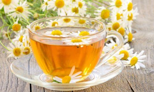 Противовоспалительным действием обладают травяные чаи из ромашки