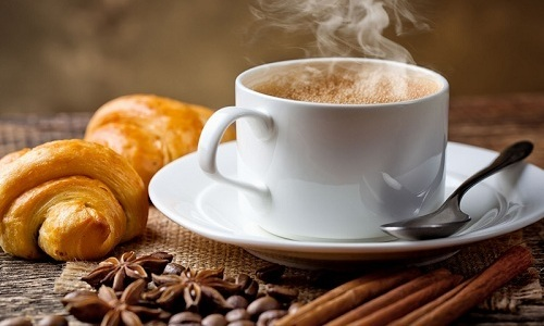 Кофе входит в список продуктов, которые не рекомендуется употреблять при воспалении мочевого пузыря