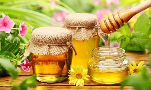 Эффективный способ справиться с воспалением слизистой мочевого пузыря - утренний прием меда в течение 2 недель