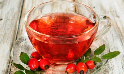 Снять воспаление помогает отвар из плодов шиповника
