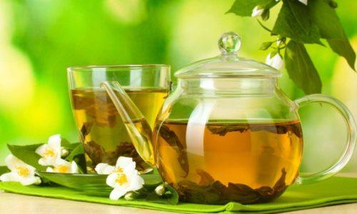 Растительные отвары при цистите часто включаются в состав комплексной терапии