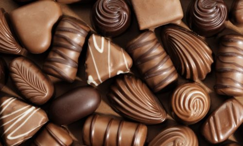 Из рациона ребенка, больного циститом, исключают шоколад