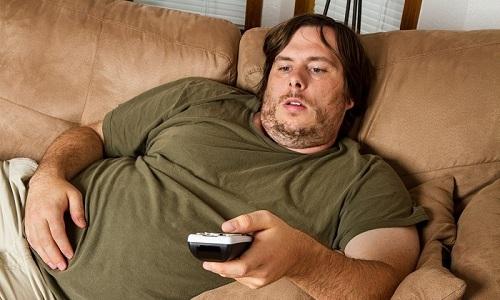 Рак почек и мочевого пузыря развивается из-за наличия лишнего веса у мужчины