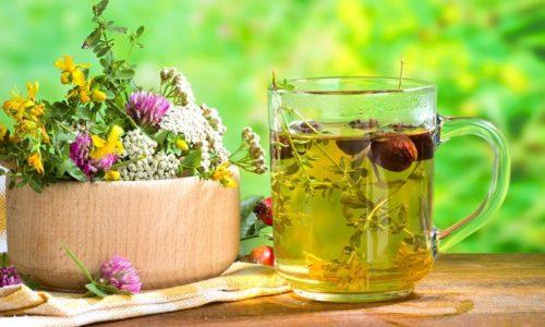 Для лечения хронического цистита в домашних условиях используются разные народные средства, среди которых растительные сборы, отдельные растения и продукты растительного происхождения
