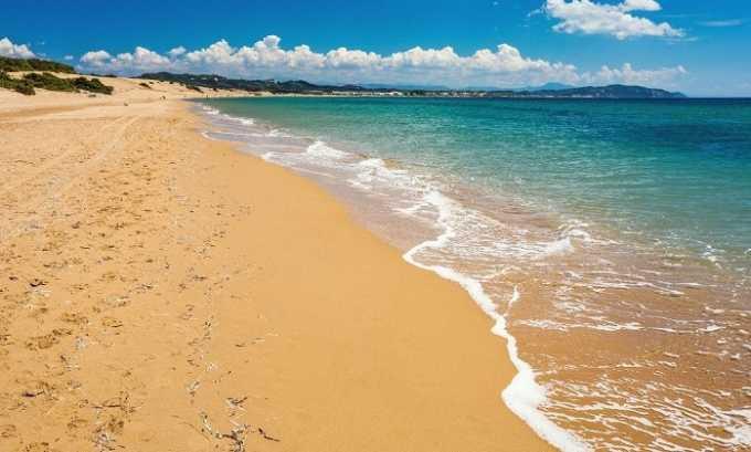 Песок может попасть в уретру и повредить мочевой пузырь, что приведет к дальнейшему развитию инфекции
