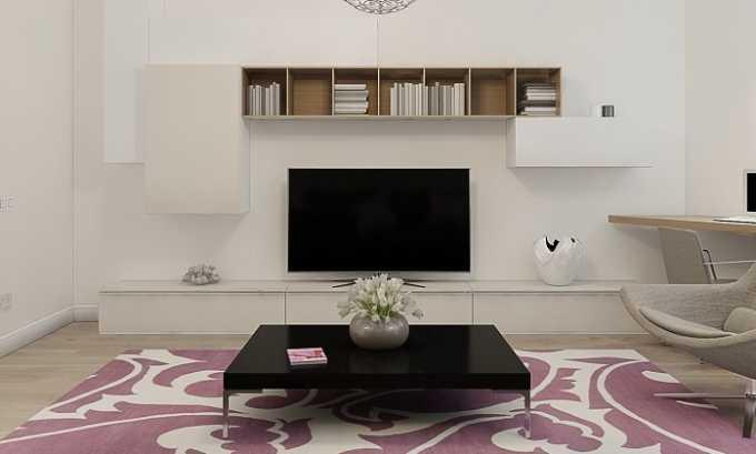 В комнате, где вы находитесь для чтения заговора, не должен быть включен телевизор
