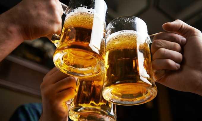Негативное влияние на органы мочевыделительной системы оказывает пиво, создавая благоприятные условия для активации дрожжеподобных грибов рода Кандида