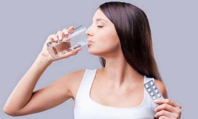 Послеродовый цистит возникает у женщин после кесарева сечения. В этом случае женщинам могу прописать прием антибиотиков