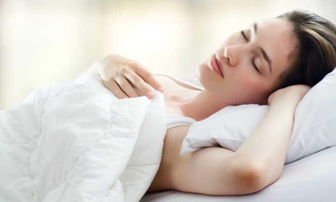Теплые ванночки рекомендуют применять ежедневно перед сном в течение недели