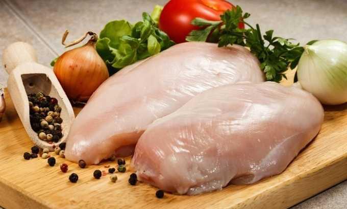 Человеку, который страдает от цистита, лучше кушать курятину