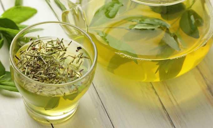 Зеленый чай — тонизирующий напиток, стимулирующий выведение токсинов, повышающий иммунитет и способность организма сопротивляться развитию воспалительного процесса
