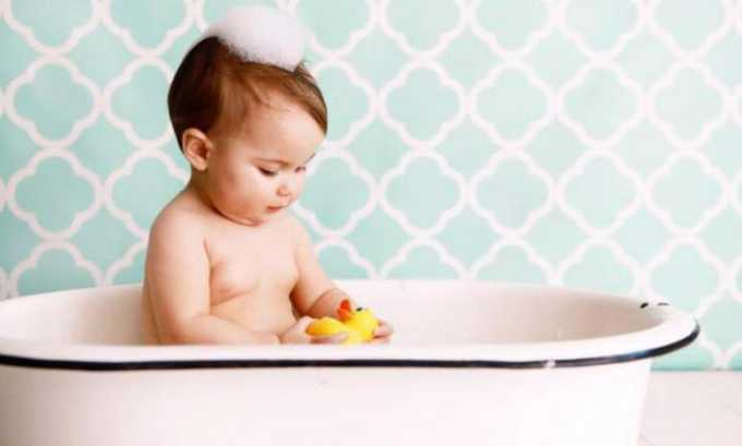 Несоблюдение правил личной гигиены у младенцев. Игнорирование необходимости проведения водных процедур после акта дефекации у грудничка