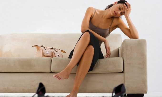 Симптомами простуженного органа являются слабость и недомогание