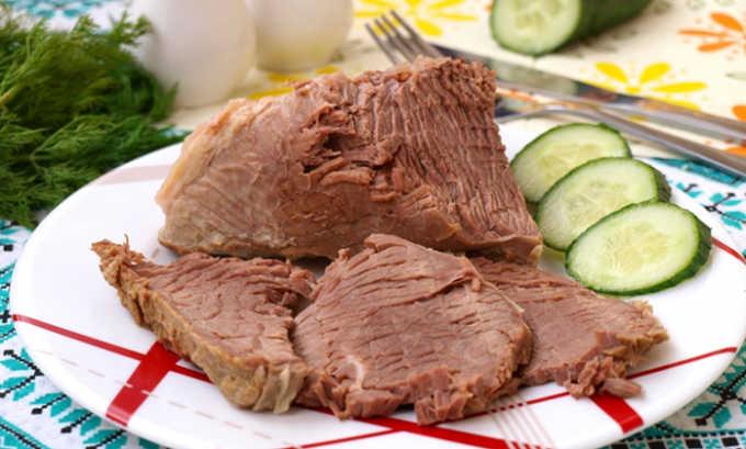Вареное мясо допустимо употреблять в небольших количествах