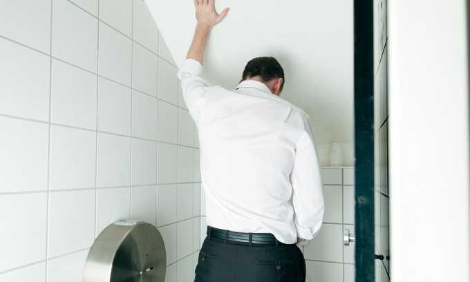 Раздражение поврежденного мочевого пузыря у больного циститом усиливается из-за увеличения концентрации мочи этим объясняется частое посещение туалета