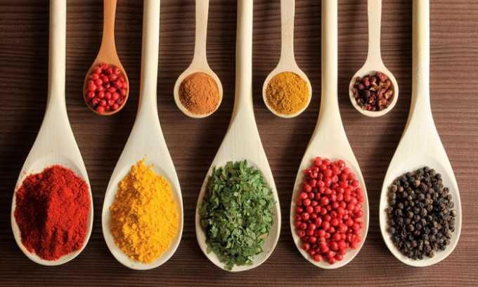 Запрещено вводить в рацион при цистите блюда, приготовленные с использованием специй