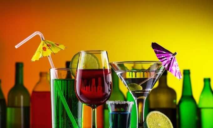 Кроме этого, из рациона следует исключить алкогольные напитки