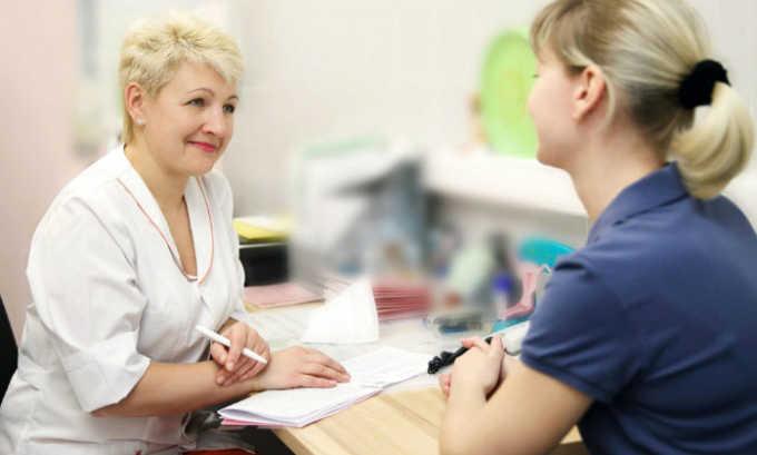 Визит к терапевту является первоочередным при возникновении дискомфорта и расстройств в органах мочеполовой системы