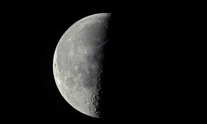 Заговоры на избавление от болезни читаются только на убывающей Луне