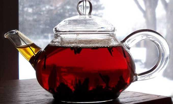 При цистите разрешено употребление некрепкого черного чая