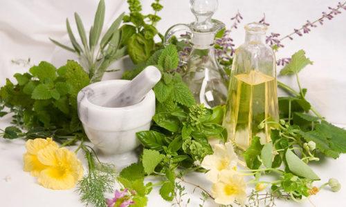 Рекомендуются лечебные отвары, способствующие отхождению мочи и насыщающие организм витаминами