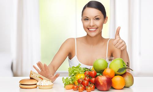 Стараясь устранить воспаление мочевого пузыря во время грудного вскармливания, женщина обязательно должна придерживаться лечебной диеты