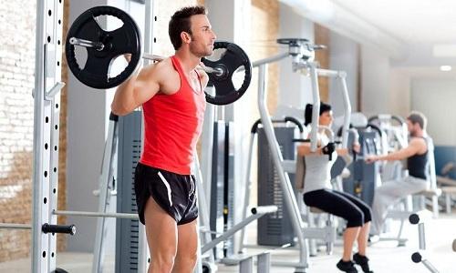 Считается, что опущение мочевого пузыря происходит у мужчин от 30 до 50 лет, поскольку этот период жизни связан с максимальной физической нагрузкой
