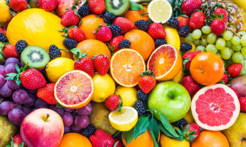 Физиологическая поллакиурия. Характеризуется частым выделением урины без боли, спровоцированным естественными факторами, к которым можно отнести: употребление большого количества фруктов