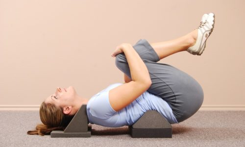 При условии хорошего самочувствия после выполнения облегченного комплекса рекомендуется приступить к гимнастике, имеющей средний уровень тяжести