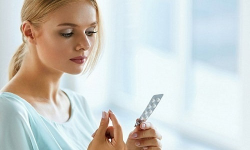 При нарушении курса приема антибиотиков после кесарева сечения у женщины может развиться цистит