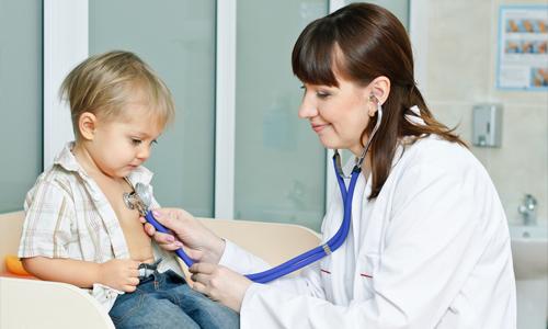 При любых подозрениях на заболевание мочеполовой сферы необходимо обратиться к педиатру для обследования