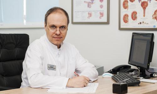 Детский уролог - специалист, который диагностирует и лечит болезни мочеполовой системы у детей