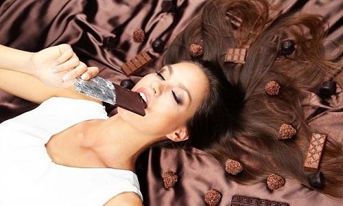На время лечения стоит отказаться от употребления шоколада